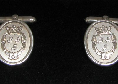 Sterling silver cuff links 3D engraved with crest