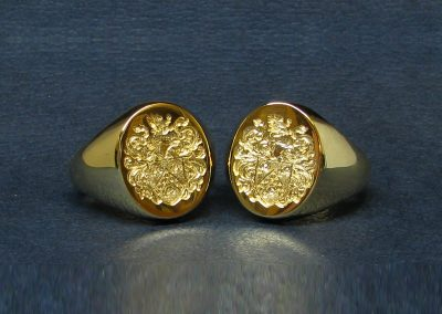 Gold signet rings, hallmarked and seal engraved with coat of arms for two brothers