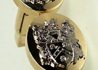 White and yellow gold cuff links